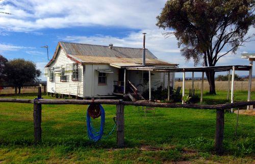 homestead australia rustic