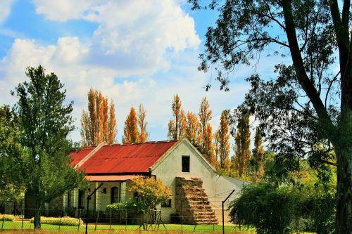 homestead farm house