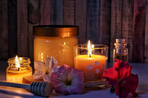 honey  beeswax  beeswax candle