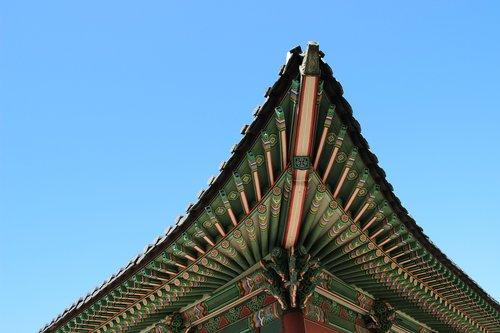 hong yu-ling  hanok  eaves