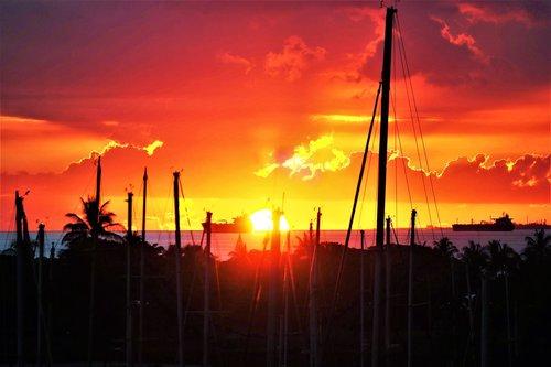 honolulu harbor  port  hawaii