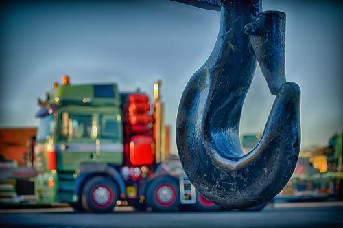 hook crane close