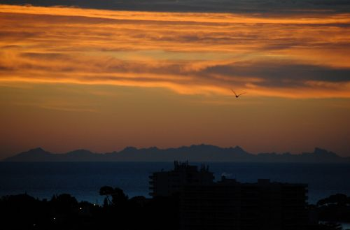 horizon corsica mediterranean sea