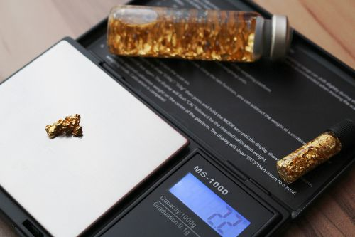 horizontal pocket gold gold nugget