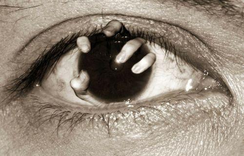 horror nightmare blindness