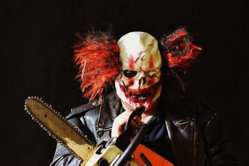 horror clown mass murderer chainsaw