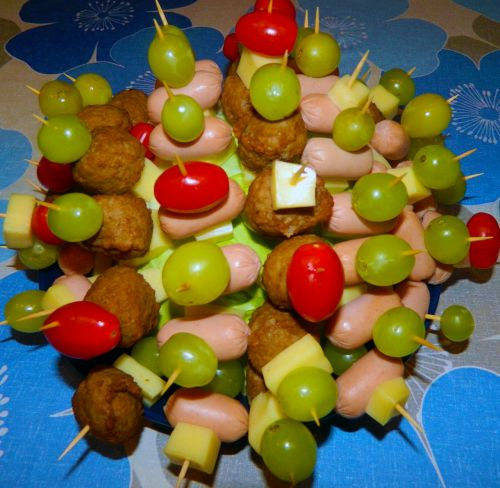 hors d'oeuvres appetizers food