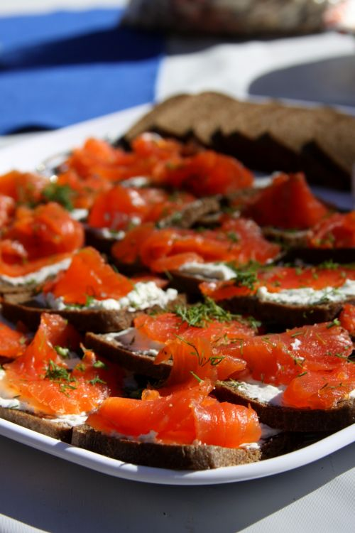 Hors D'oeuvres Salmon & Dill