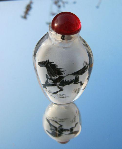 horse vase tusche indian ink