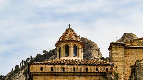 horta de sant joan  convent de sant salvador  architecture