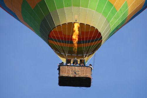 hot air balloon floating fun