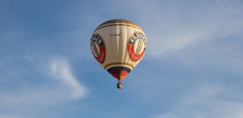 hot air balloon balloon ballooning