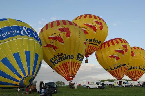 hot-air ballooning air ball