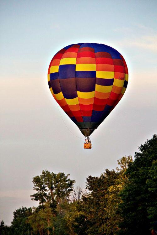 hot-air ballooning ball flight