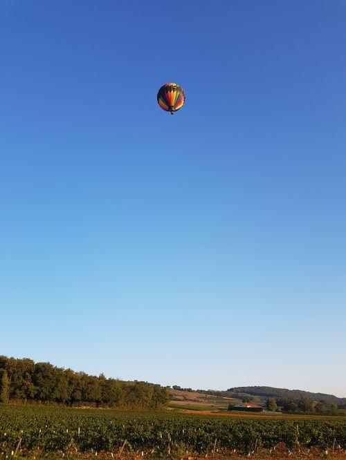 hot-air ballooning lyon alti-reve