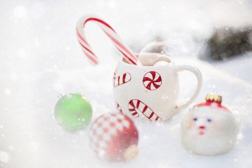 hot chocolate snow christmas
