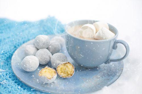 hot chocolate cozy winter