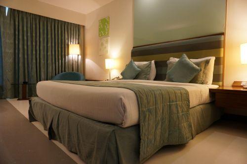 hotel room curtain