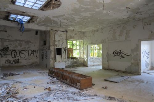 hotel ruin croatia