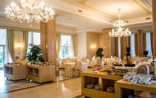 hotel elegant breakfast