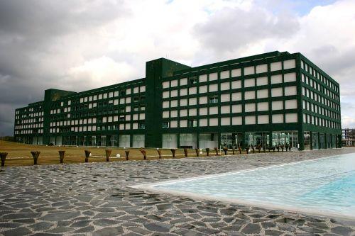 hotel architecture pool