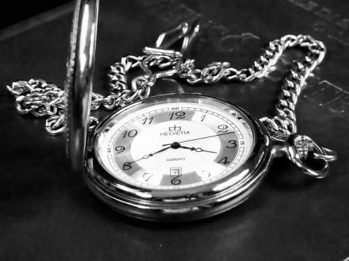 hour s pocket watch time