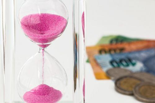 hourglass money time