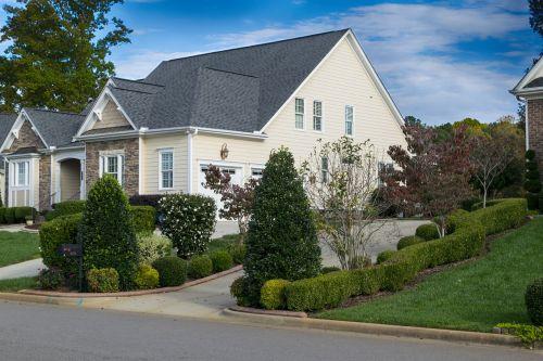 house driveway lawn