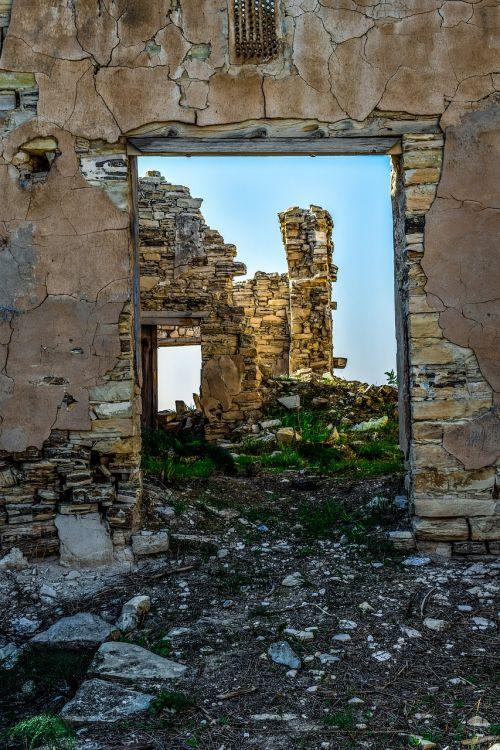 house ruined abandoned