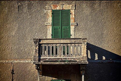 house  facade  architecture