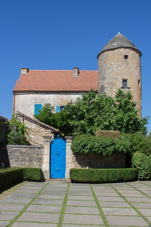 house  village  pierre