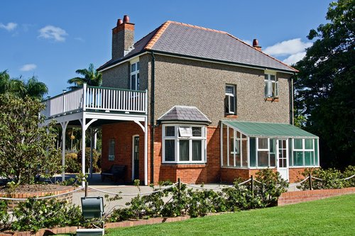 house  traditional  abode