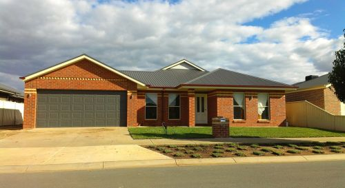 house,kyabram,brick,free photos,free images,royalty free