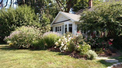 house spring front door