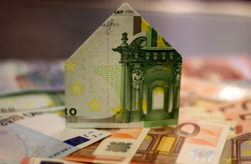 house construction home money