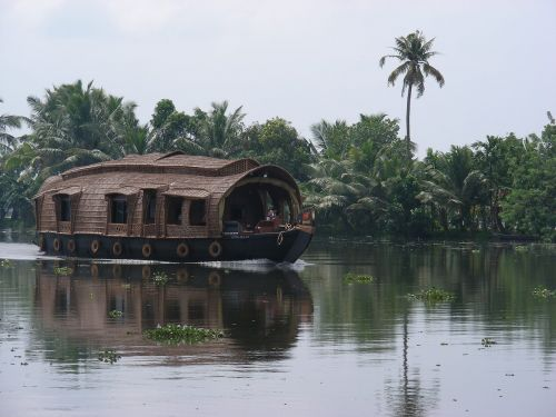 houseboat river tropics