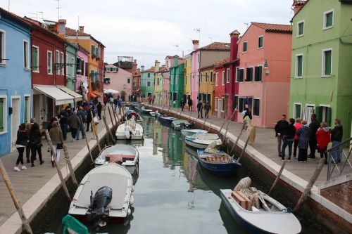 houses channel burano
