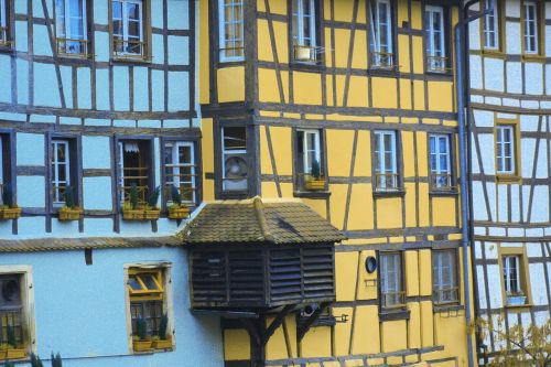 houses studs house facade