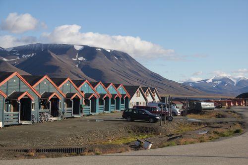 houses svalbard longyearbyen