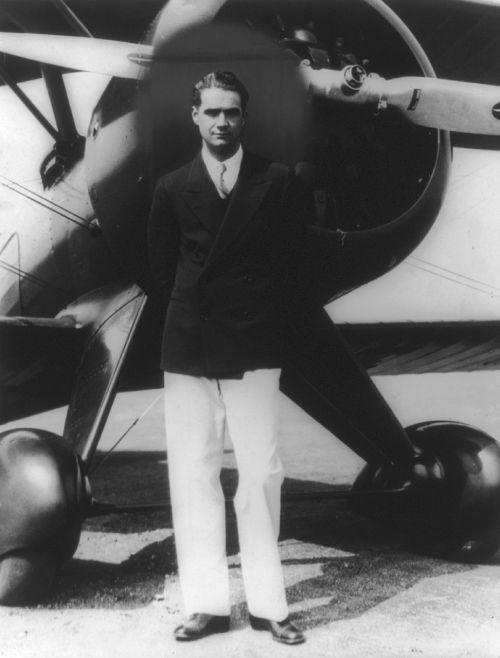 howard hughes aviator man