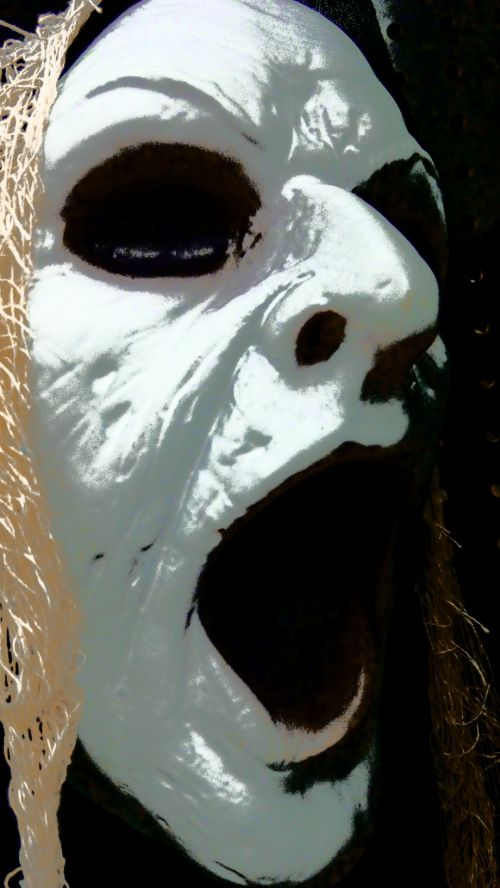 Howling Halloween Ghoul Face