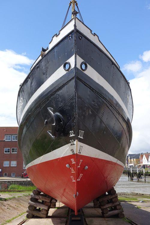 hull boat ship