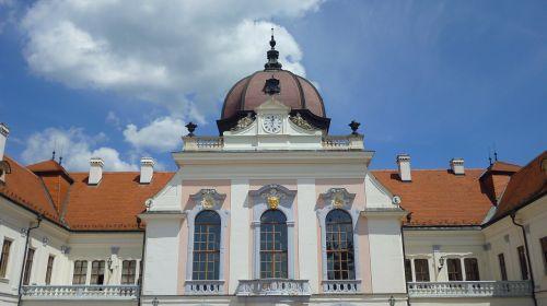 hungary piłsudski castle