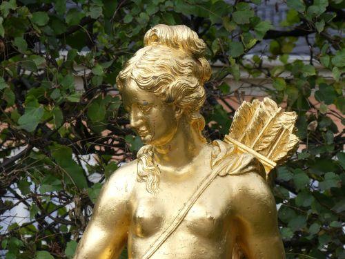 hunting goddess artemis diana