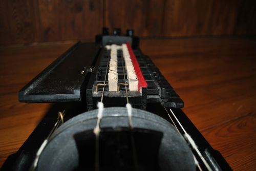 hurdy gurdy instrument middle ages
