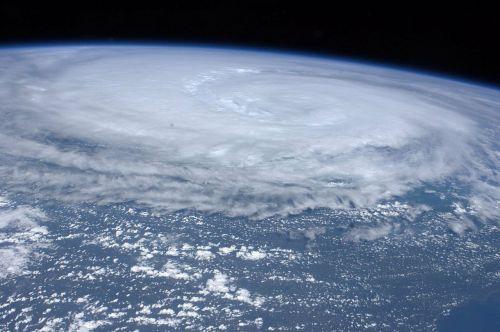 hurricane hurricane irene tropical cyclone