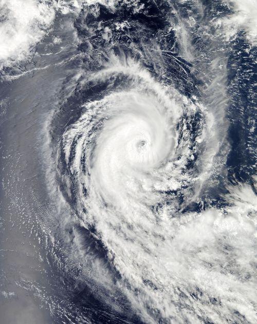 hurricane benilde winter storm clouds