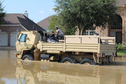 hurricane harvey  flood  army