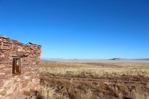 hut old desert