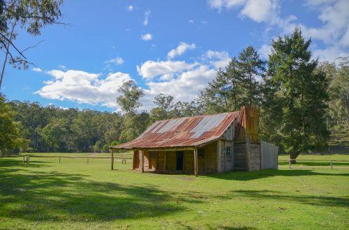 hut cattlemen's hut high country